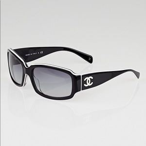 Chanel sunglasses black and white cc